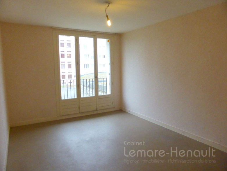 Appartement F2 T2 Murger Dreux parking cave